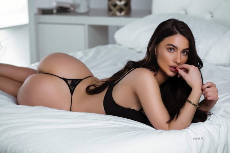 Hot Girls In Sexy Lingerie (26 Photos)