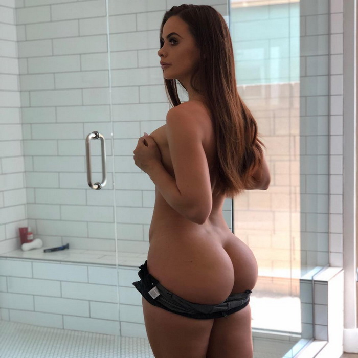 Hot Girls Like To Look So Sexy (97 Photos)
