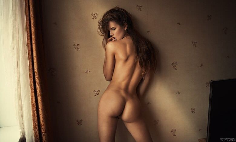 Hot Girls With Sexy Butts (67 Photos)