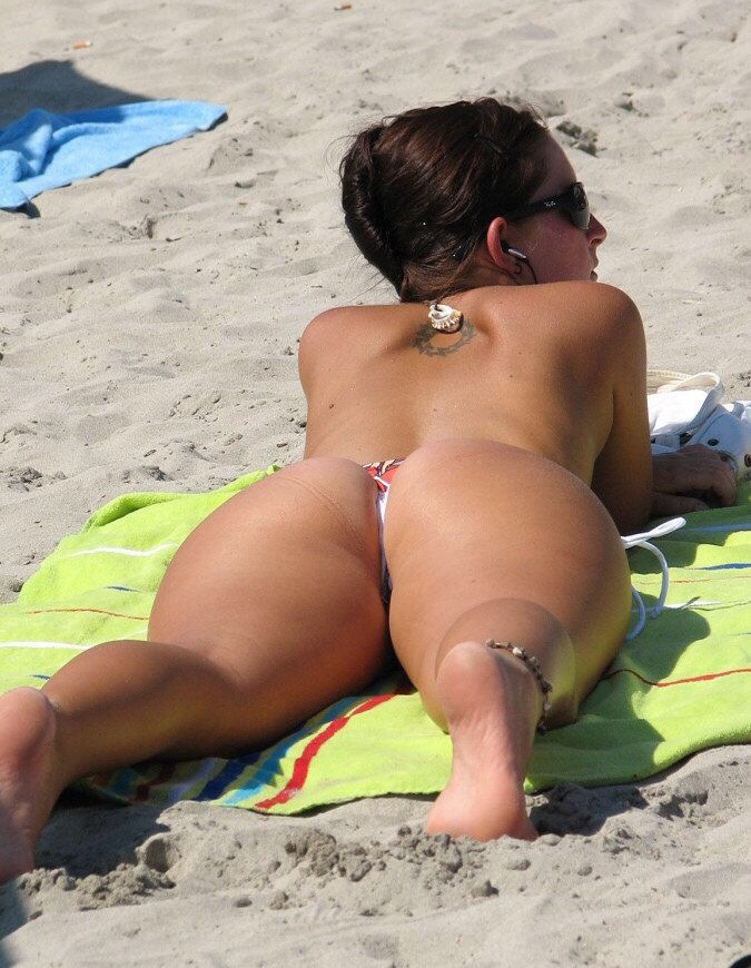 Hot Girls With Sexy Butts (69 Photos)