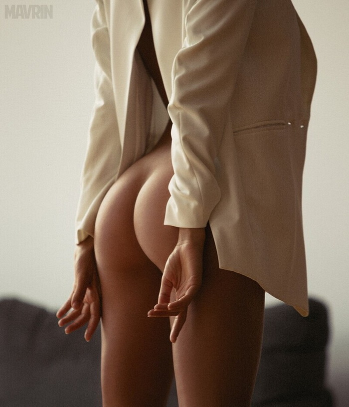 Hot Girls With Sexy Butts (117 Photos + 3 GIFs)