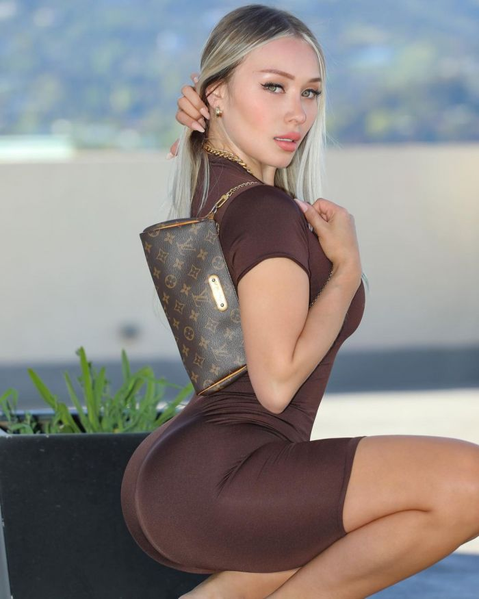 Daniella Chavez Hot And Sexy Pictures (25 Photos)