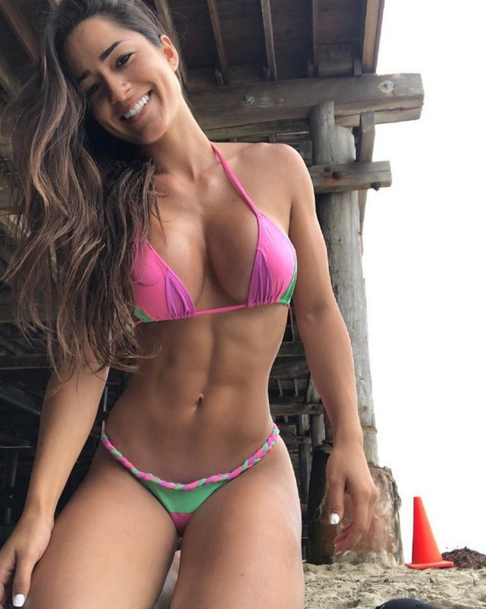 Hot Fit Girls Proud Their Sporty Figure (36 Photos)