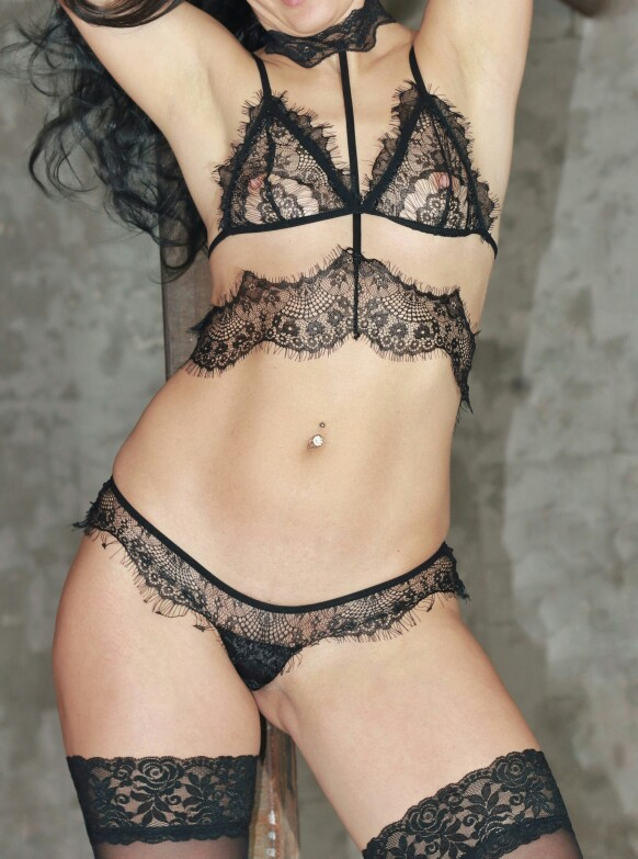 Hot Girls Try On Underwear Bought In Online Store (79 Photos)