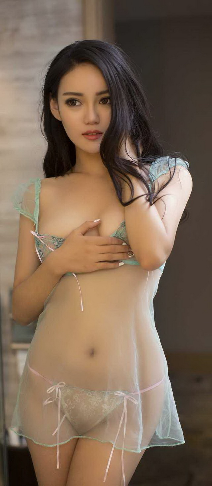 Sexy Hot Asian Girls (50 Photos)