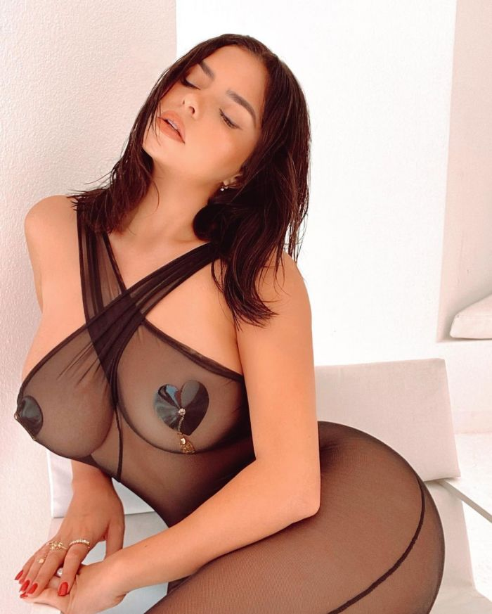 Demi Rose Hottest Instagram Pictures (25 Photos)