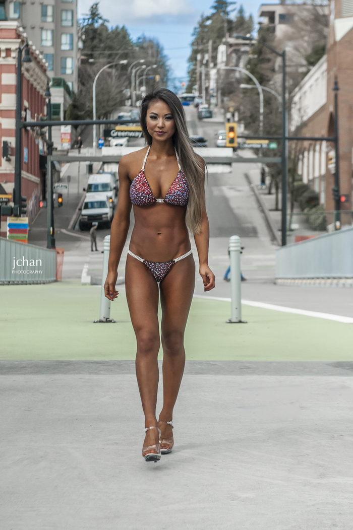 Hot Fit Girls Show Off Their Sporty Figure (96 Photos)
