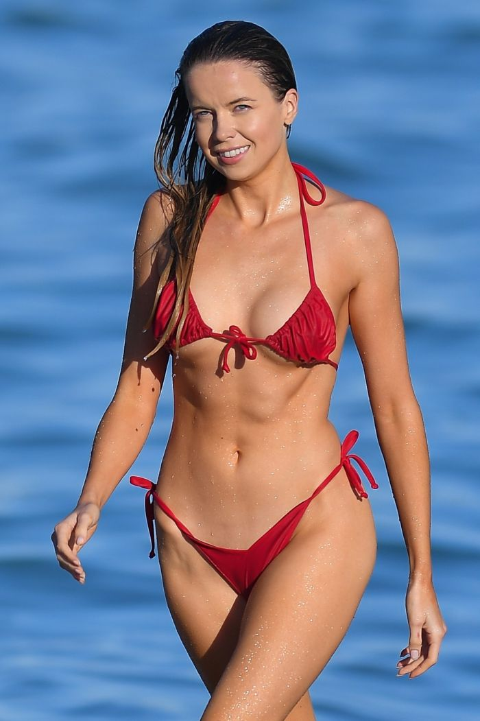 Hot Louisa Warwick In Red Bikini (26 Photos)