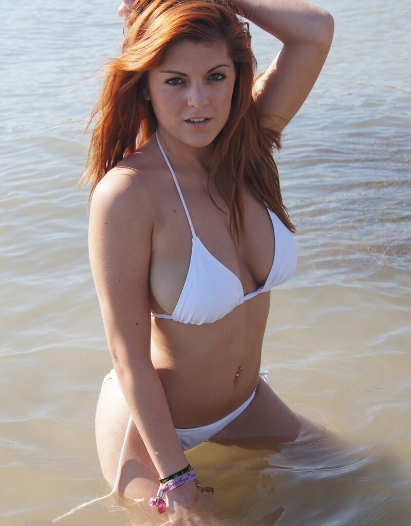 Hot And Sexy Redhead Girls (65 Photos + 5 GIFs)