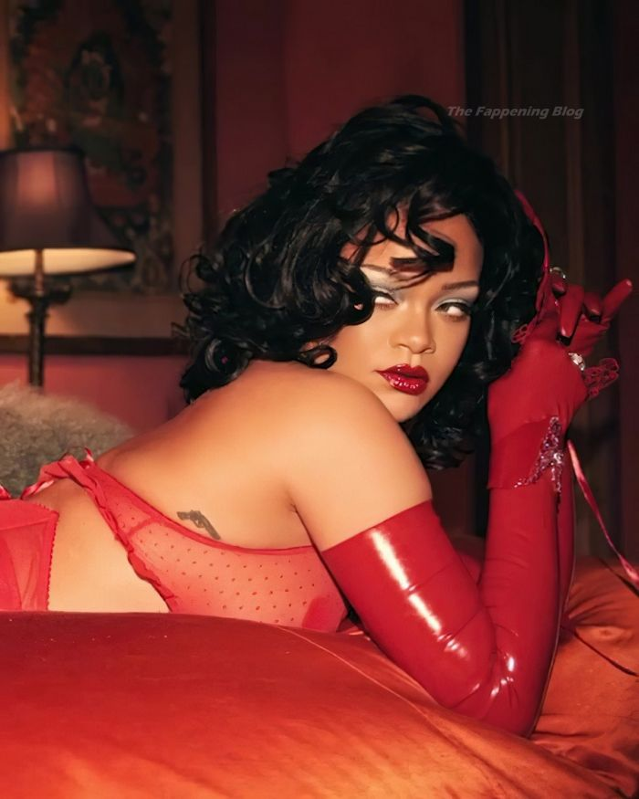Sexy Hot Rihanna In Red Lingerie (16 Photos)