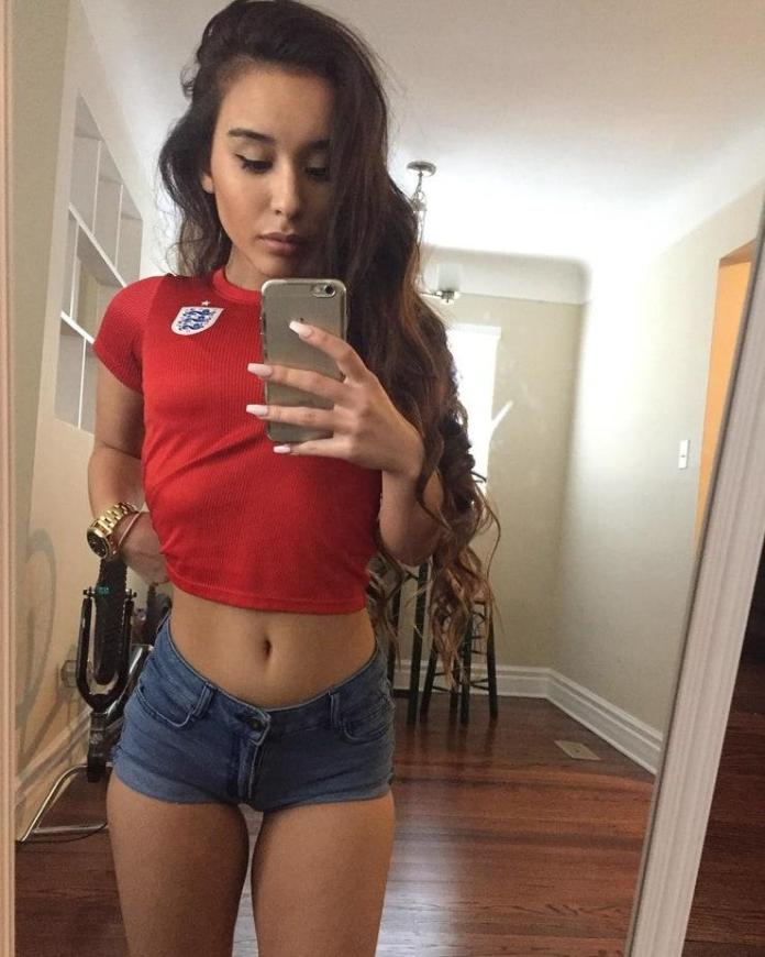 Alahna Ly Hottest Pictures (41 Photos)
