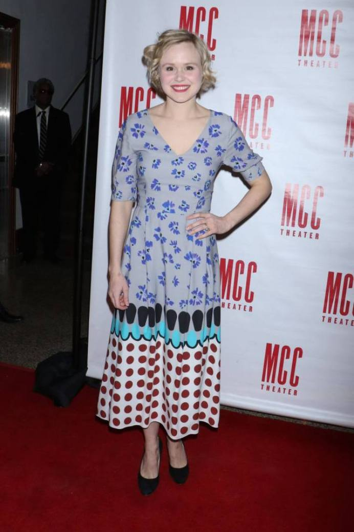 Alison Pill Sexiest Pictures (39 Photos)