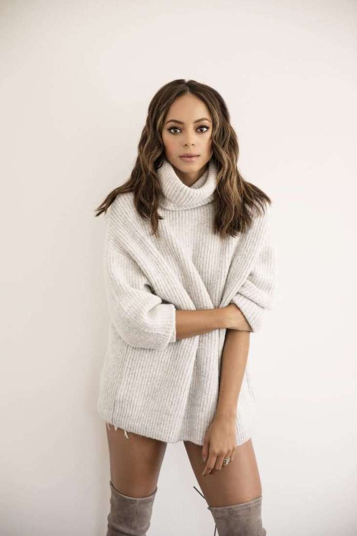 Amber Stevens West Hottest Pictures (41 Photos)