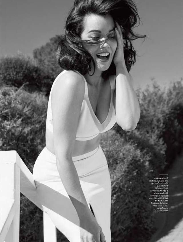 Bellamy Young Hottest Pictures (40 Photos)