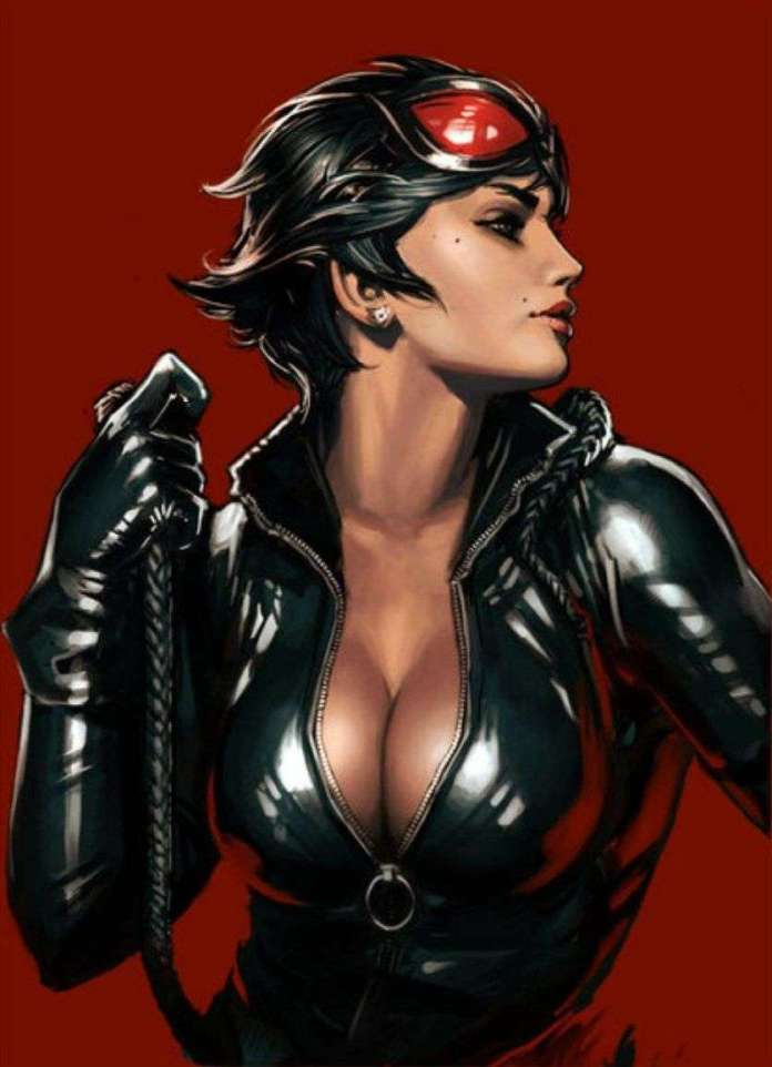Catwoman Hottest Pictures (39 Photos)