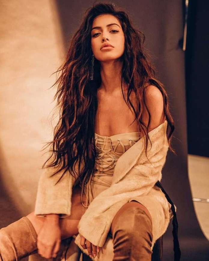 Cindy Kimberly Sexiest Pictures (41 Photos)