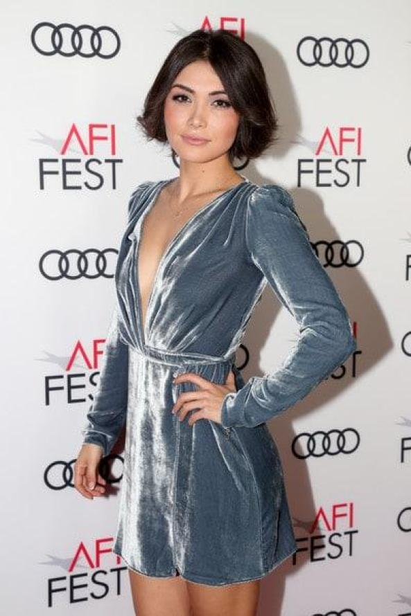Daniella Pineda Sexiest Pictures (41 Photos)