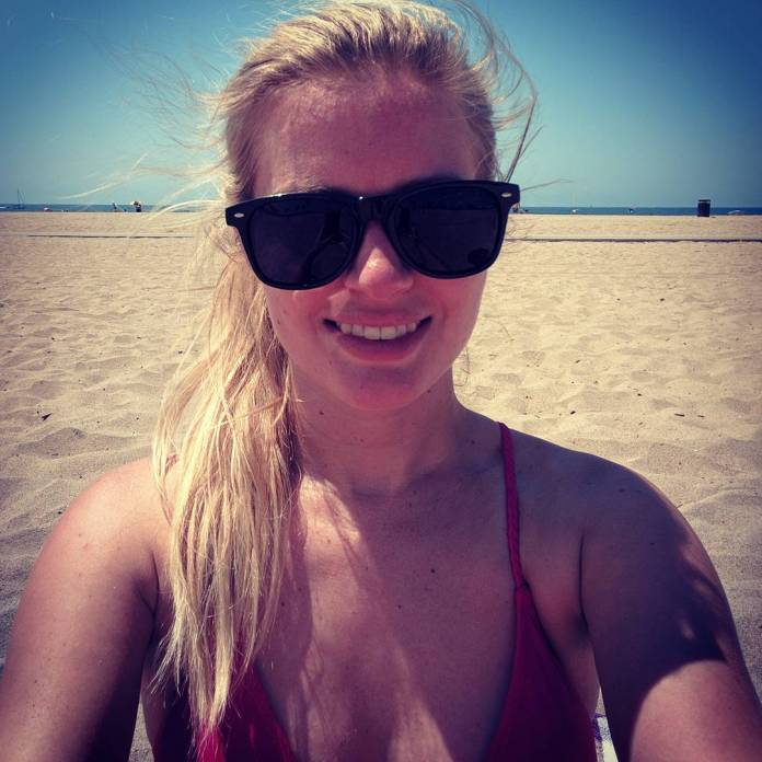 Elyse Willems Hottest Pictures (35 Photos)