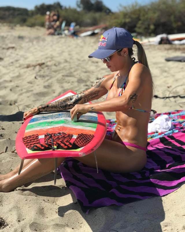 Leticia Bufoni Hottest Pictures (39 Photos)