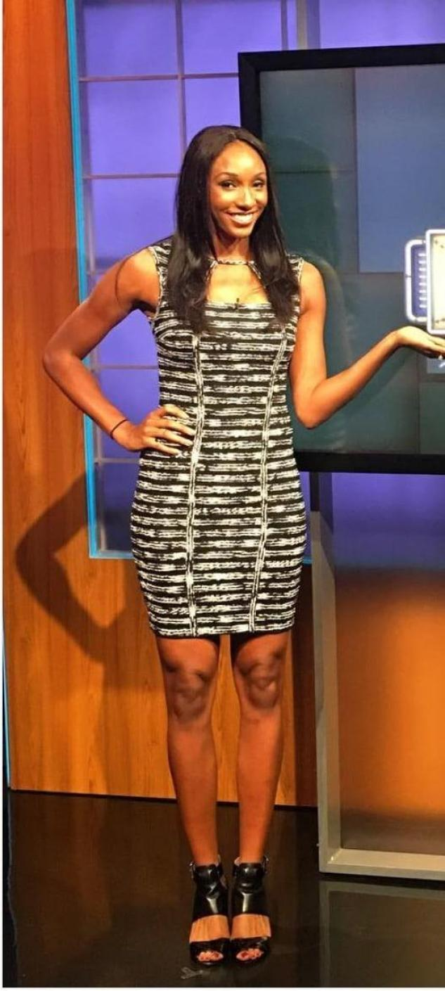 Maria Taylor Hottest Pictures (39 Photos)