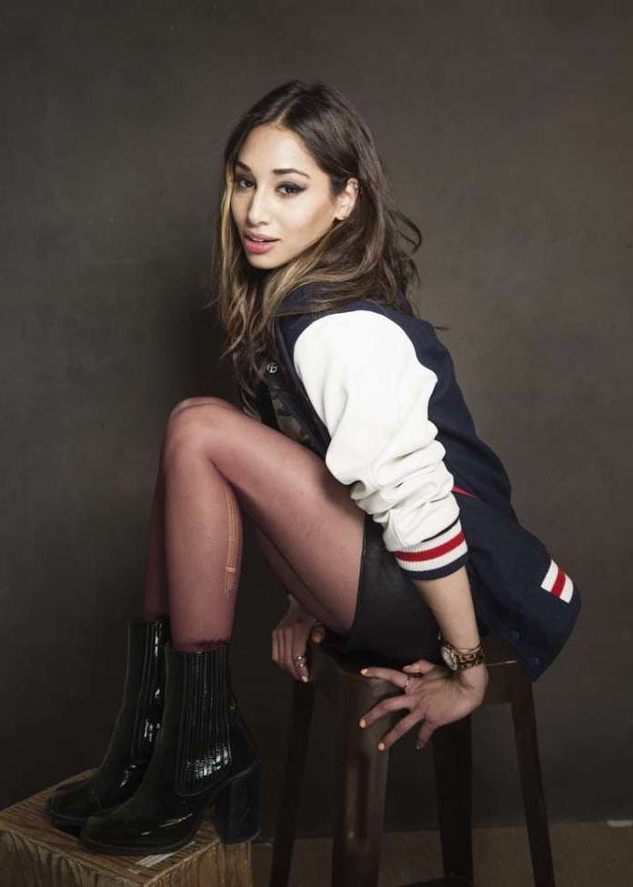 Meaghan Rath Hottest Pictures (41 Photos)