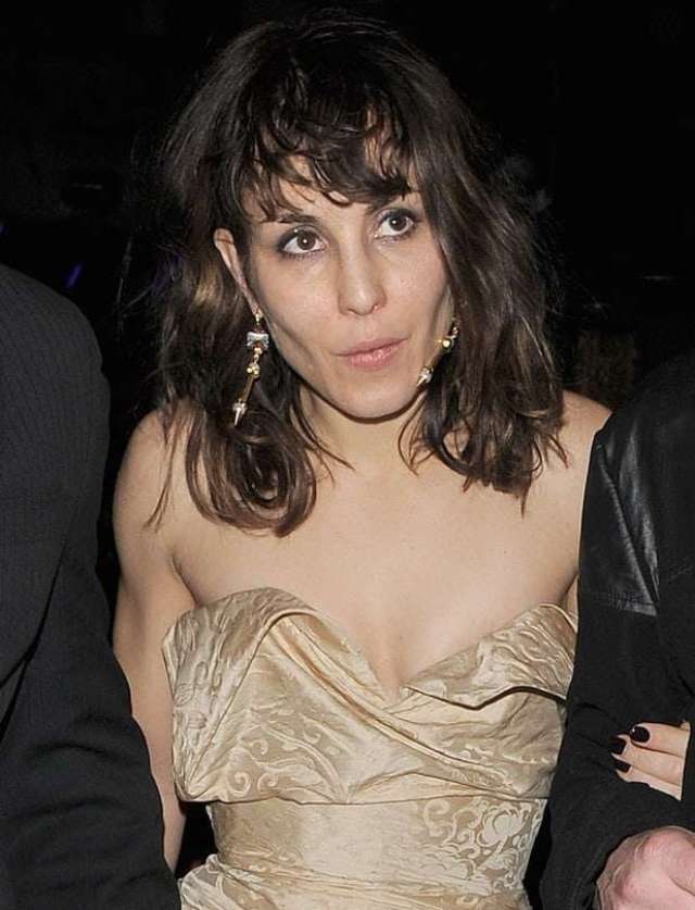 Noomi Rapace Sexiest Pictures (39 Photos)