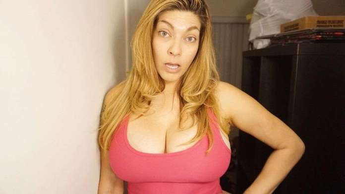Shelly Martinez Hottest Pictures (41 Photos)