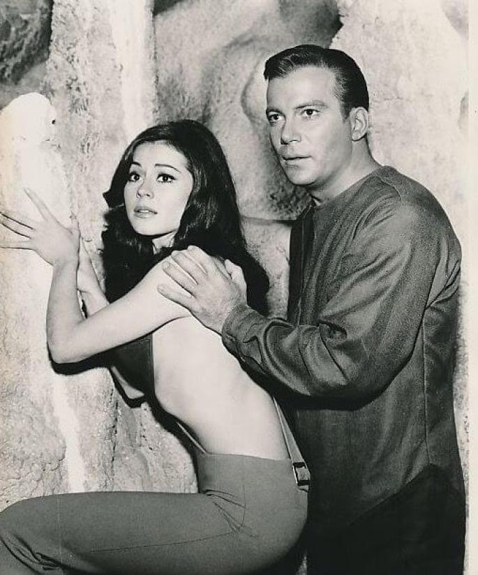 Sherry Jackson Sexiest Pictures (39 Photos)
