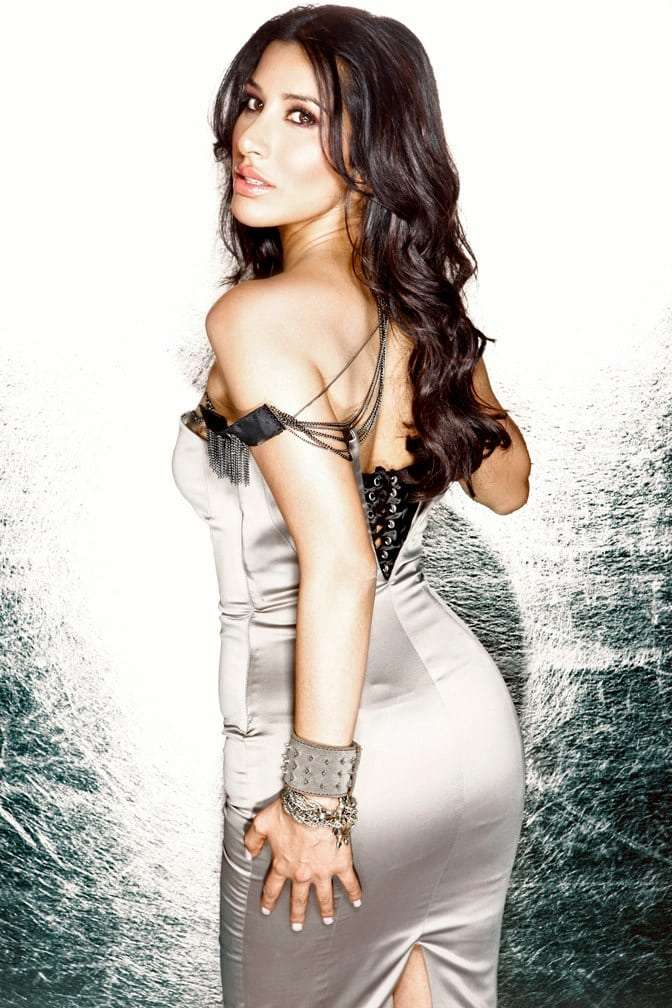 Sophie Choudry Hottest Pictures (41 Photos)