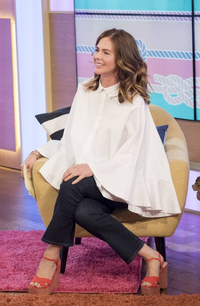Trinny Woodall Sexiest Pictures (39 Photos)