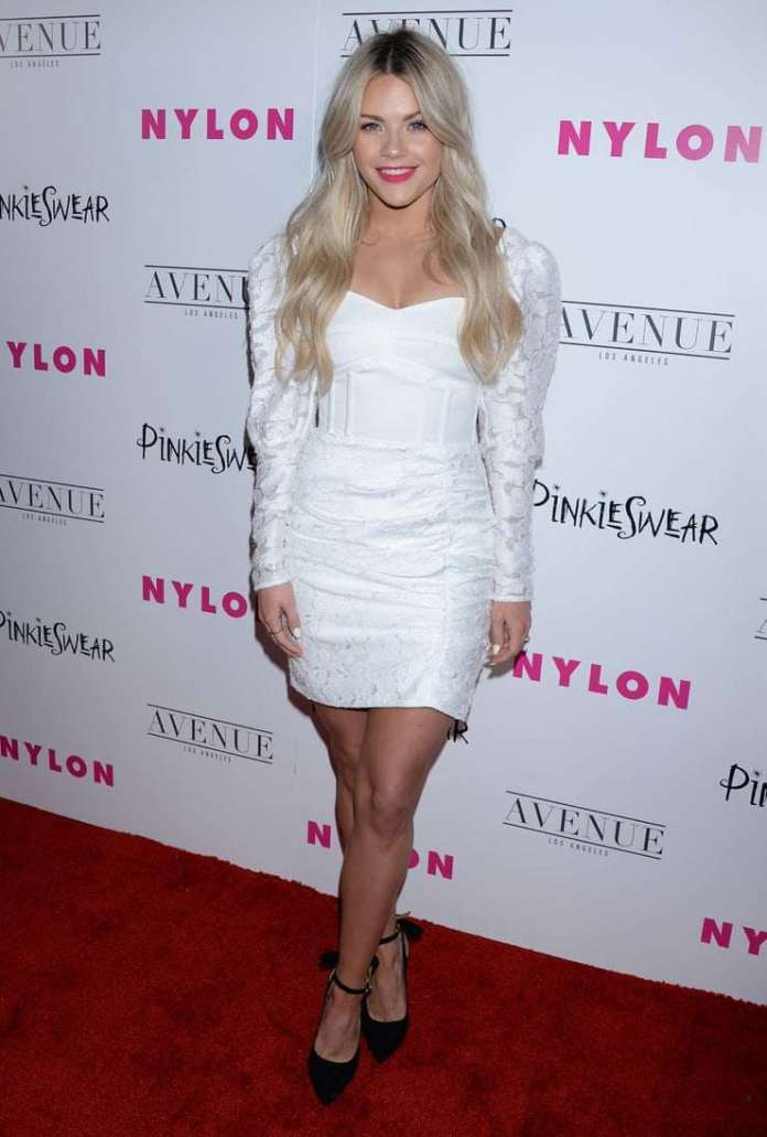 Witney Carson Sexiest Pictures (41 Photos)
