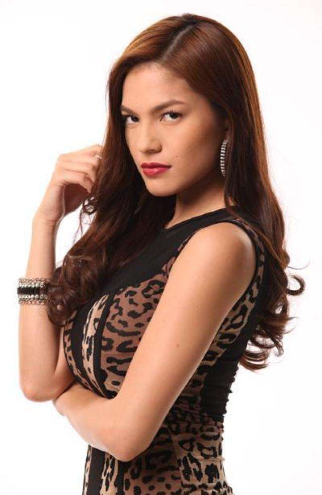 Andrea Torres Hottest Pictures (41 Photos)