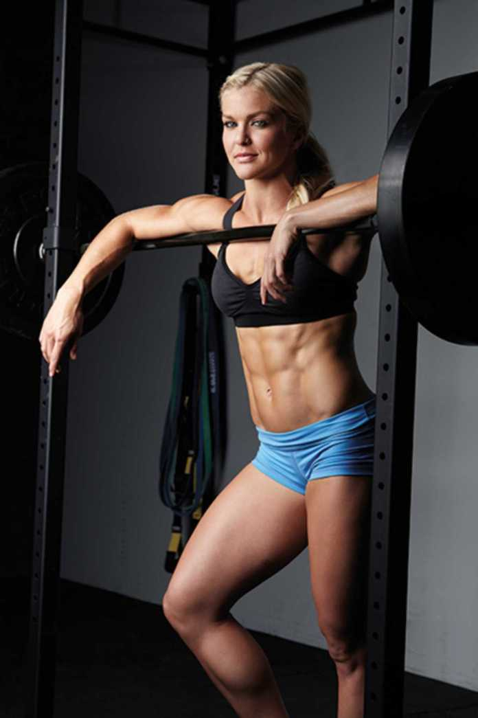 Brooke Ence Hottest Pictures (41 Photos)