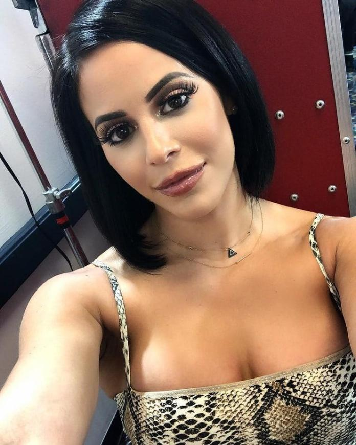 Charly Caruso Sexiest Pictures (41 Photos)