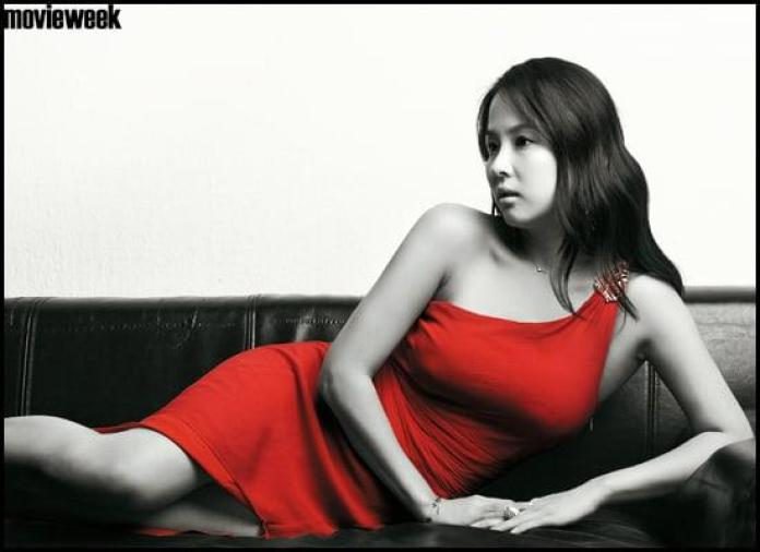 Cho Yeo-jeong Hottest Pictures (41 Photos)