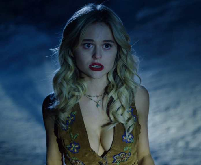 Emily Alyn Lind Hottest Pictures (41 Photos)