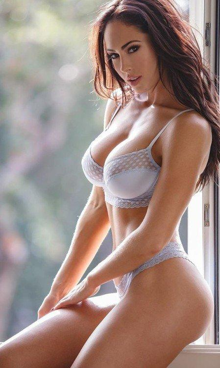Hope Beel Hottest Pictures (41 Photos)