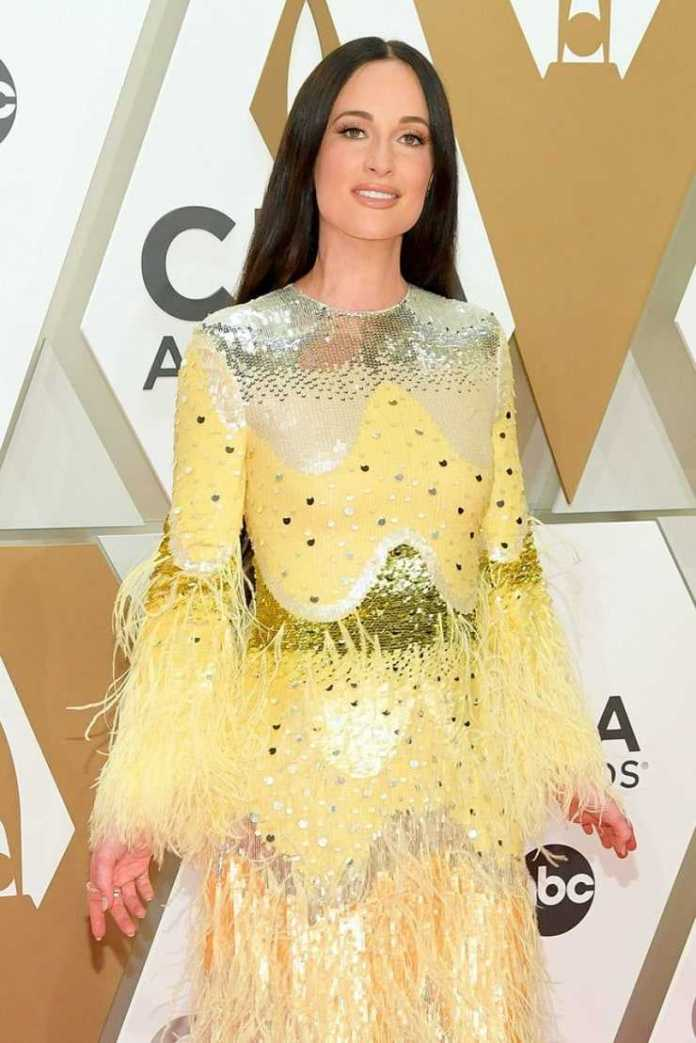 Kacey Musgraves Sexiest Pictures (41 Photos)
