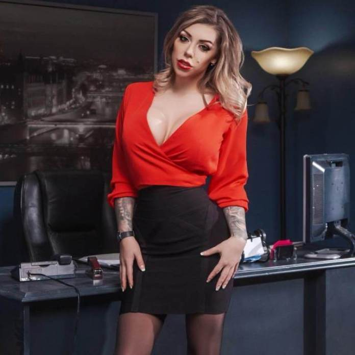 Karma Rx Sexiest Pictures (40 Photos)