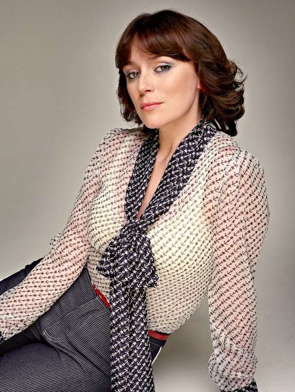 Keeley Hawes Sexiest Pictures (41 Photos)