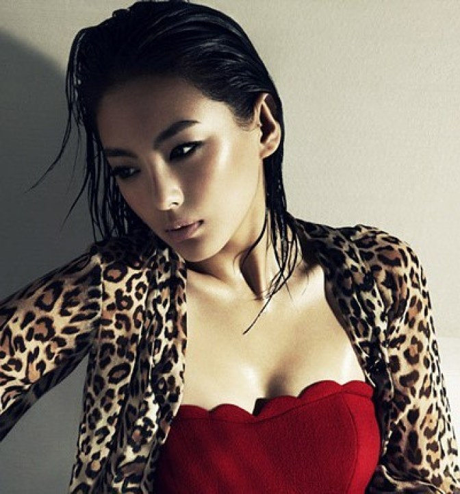 Kitty Zhang Sexiest Pictures (40 Photos)