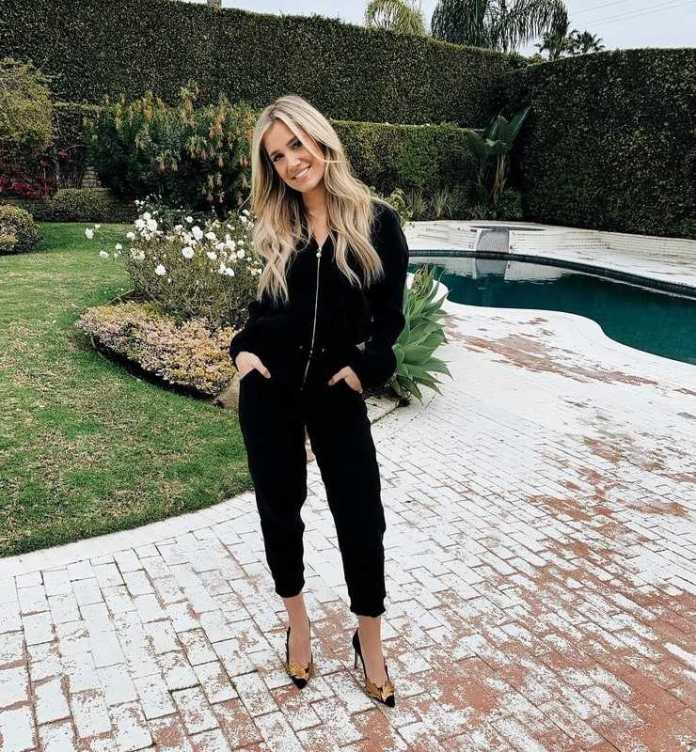 Kristine Leahy Sexiest Pictures (41 Photos)