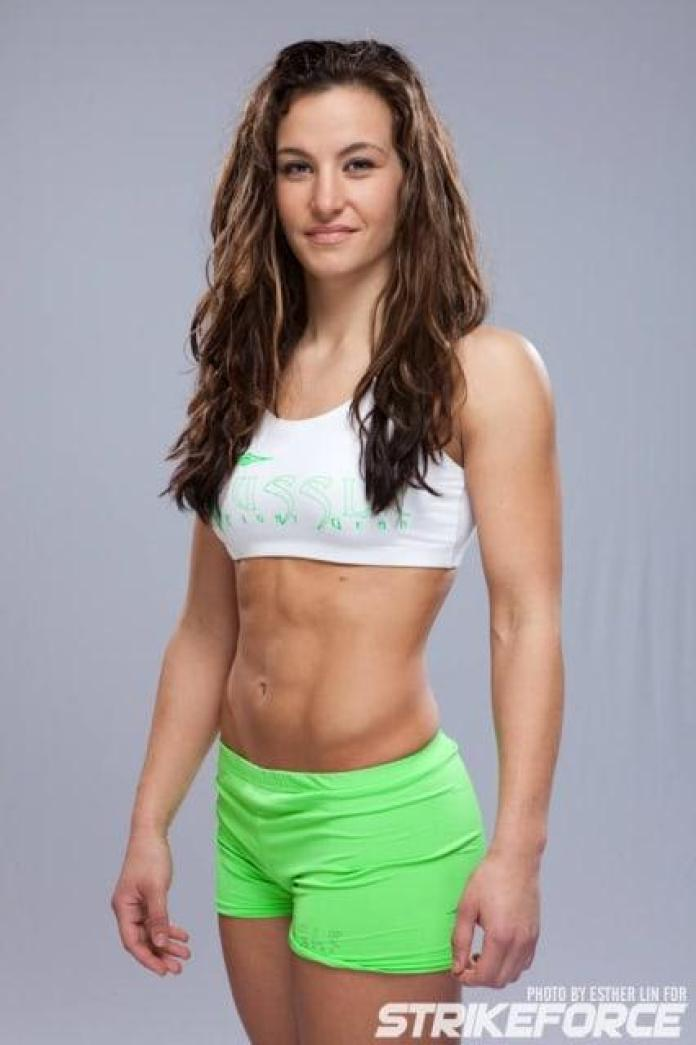 Miesha Tate Hottest Pictures (41 Photos)