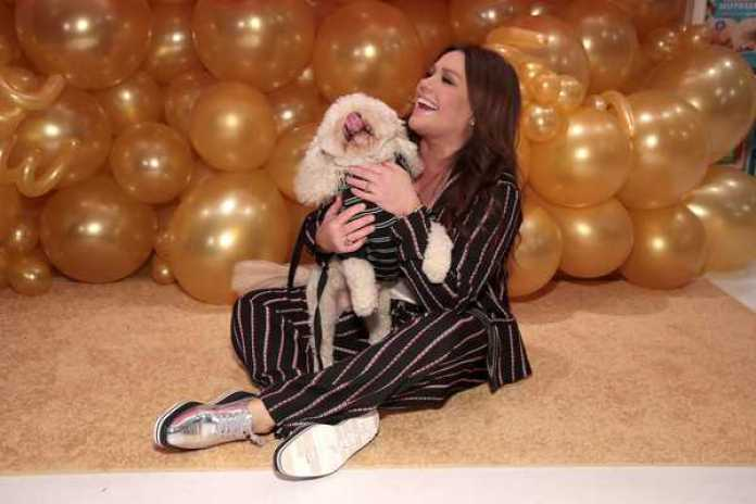 Rachael Ray Hottest Pictures (41 Photos)