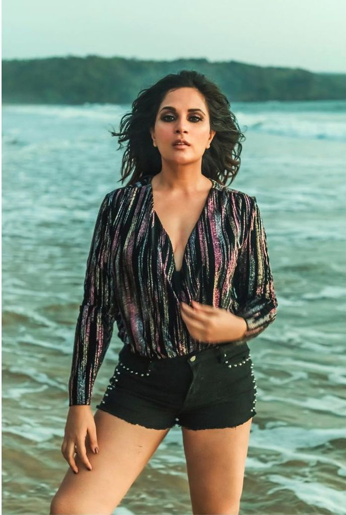 Richa Chadda Sexiest Pictures (41 Photos)