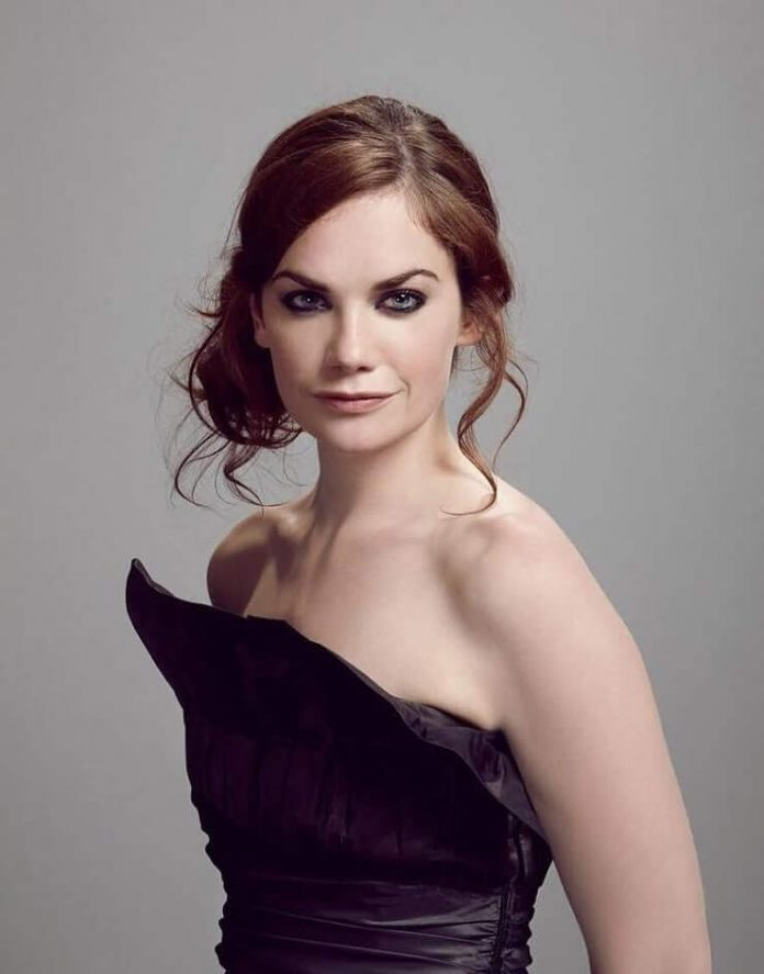 Ruth Wilson Sexiest Pictures (41 Photos)