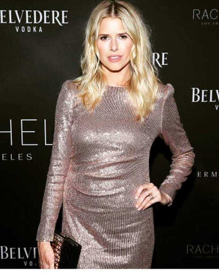 Sarah Wright Hottest Pictures (41 Photos)