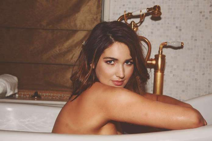 Stephanie Matto Sexiest Pictures (41 Photos)