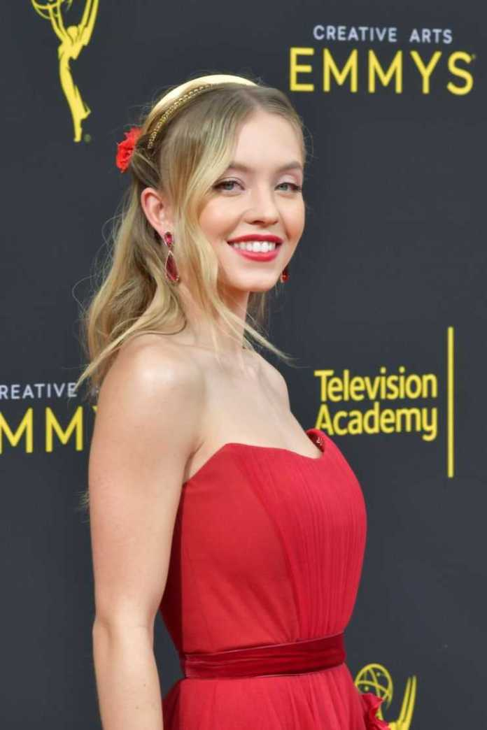 Sydney Sweeney Hottest Pictures (41 Photos)