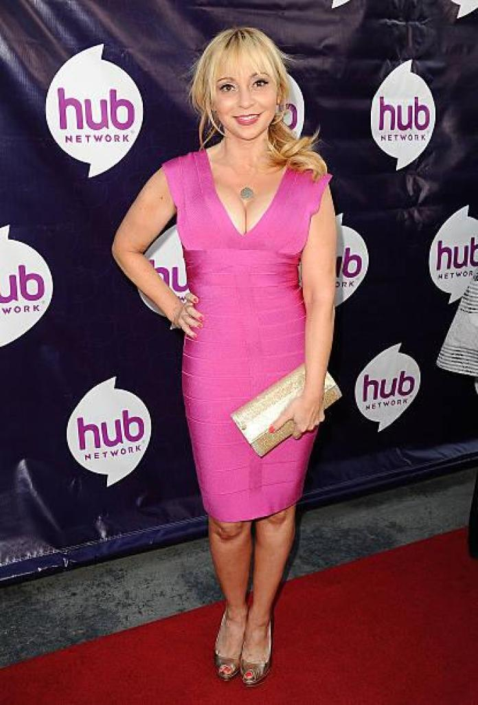 Tara Strong Hottest Pictures (41 Photos)